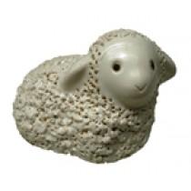 Ovelha deitada branca 640000